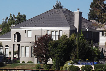 composition roofing contractor in sacramento
